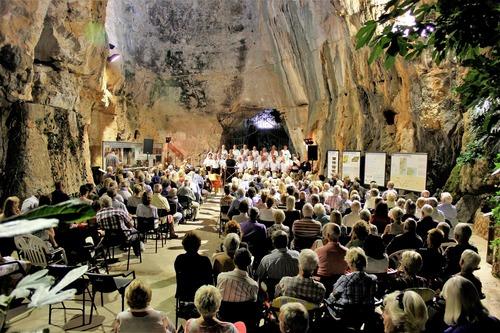 Cave%20Concert%202019.jpg